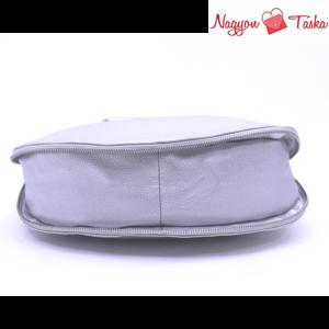 Kris-Ana London Shoulder bag 2 in 1 válltáska fémlánccal ezüst színben